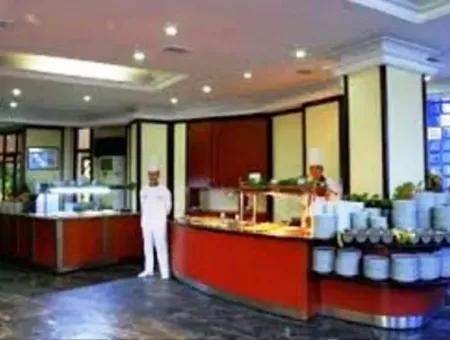 Marmaris Merkezinde Satılık 50 Odalı Otel
